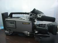 松下二手DVCPRO 25M廣播級攝錄一體機 AJ-D700E