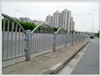 京式护栏、市政护栏、道路护栏、铁艺护栏、昌泽护栏生产厂家