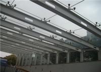 安装各种大小雨棚玻璃