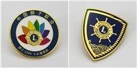 广东狮子会徽章优质供应工厂高档镶钻胸章订做