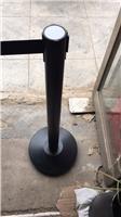 牙克石商场专用烤漆一米线加厚烤漆伸缩带栏杆座隔离护栏现货价格