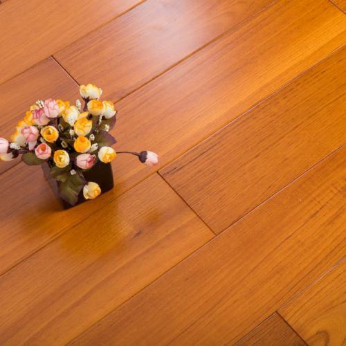 柚木不怕日晒雨淋的实木地板找惠州森林源,欢迎来电咨询18813517541