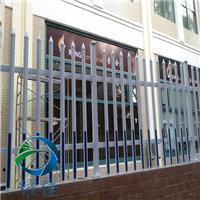 PVC护栏坚固耐用、造型新颖、方便运输-耀佳丝网