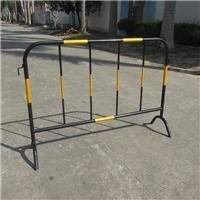 黄黑镀锌管铁马 广州惠州广西道路时候护栏安全防护铁马厂家批发
