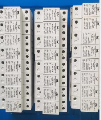 10/350uc275v一級電涌保護器