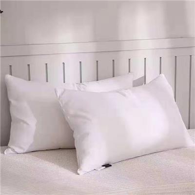 床上用品+枕芯+枕套+布草