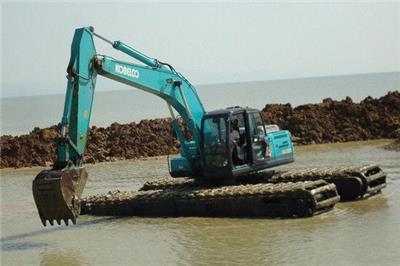 河南省水上挖掘機出租用于清理淤泥