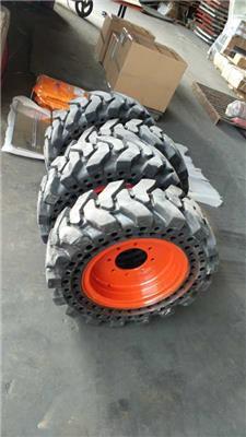 威肯WT1605 WT800滑移裝載機12-16.5實心輪胎