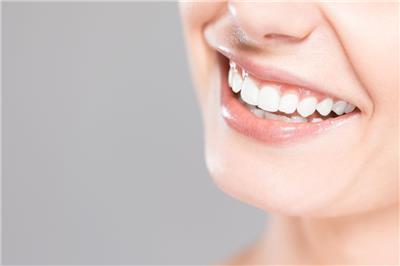 学全瓷牙齿贴面美白怎么学