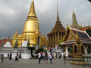 青岛泰国物流公司时间 发货到泰国 门到门双清服务