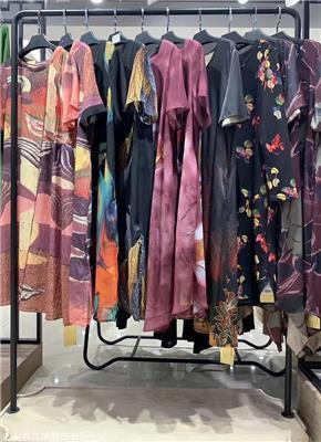 朗曼笛折扣女装厂家低价清仓折扣女装一手货源