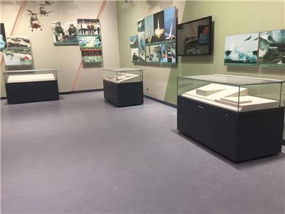 北京軍事博物館展柜設計制作案例-深圳展柜廠