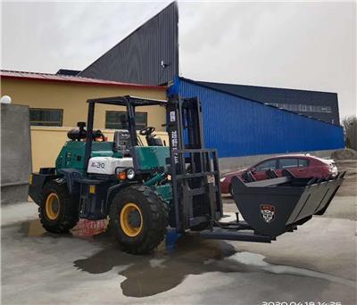 山東3.5噸越野叉車鴻豐叉車型號齊全