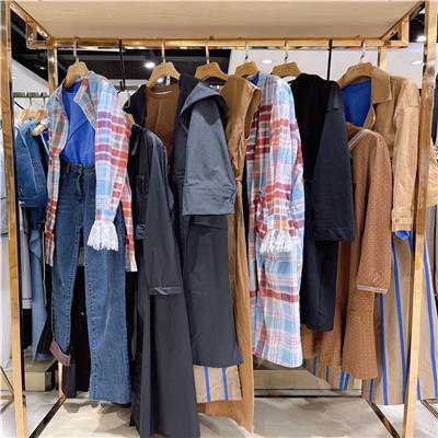 江西服裝批發怎么拿貨 女裝批發 三薈服飾