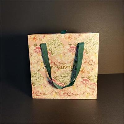 花纹手提盒