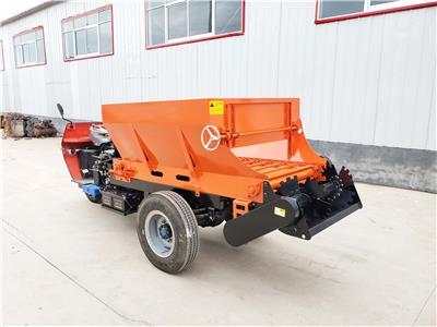 1.5方農用三輪車自走式撒肥車 大棚撒糞機器
