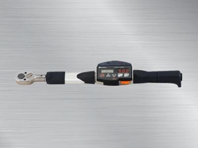 東日數字式扭力扳手CEM3-BT